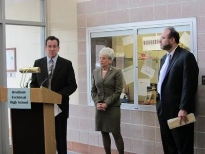 Governor Malloy, Lieutenant Governor Wyman, and Commissioner of Education Pryor at Windham Tech