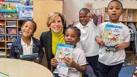 Randi Weingarten with Baltimore students